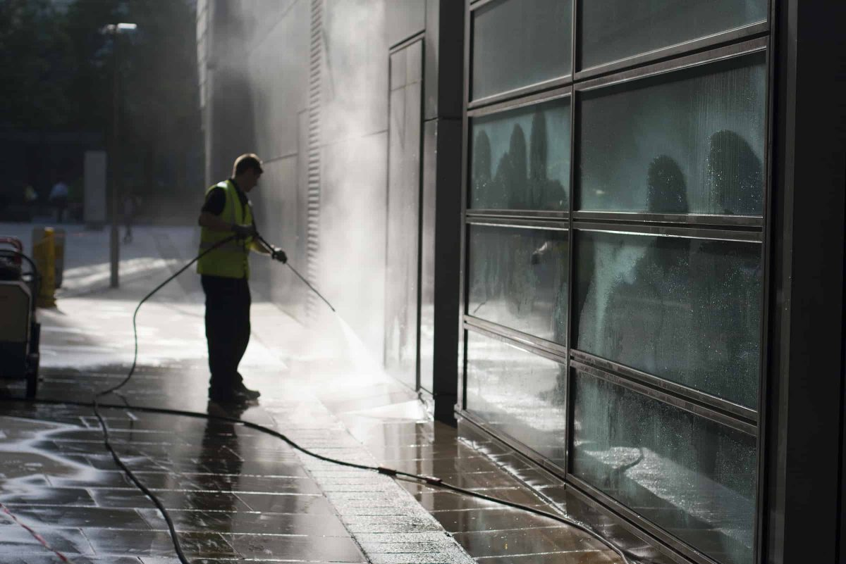 Professional-pressure-washing-services