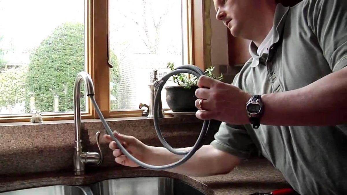 faucet-installation-in-kitchen